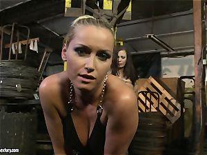 Kathia Nobili crop the tongue of bombshell dame