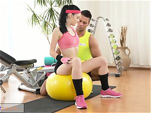 fitness rooms taut new nubile has hefty orgasm