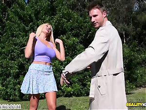 discreet boy bangs his warm promiscuous neighbor Summer Brielle