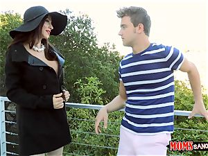mummy Ariella Ferrera plows adorable teenager Angel Del Rey and her bf