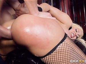 caged oiled up stunner Luna star beaten sack deep in the bum
