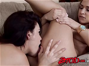 Vanessa VeraCruz And Sara Luvv Are roomies