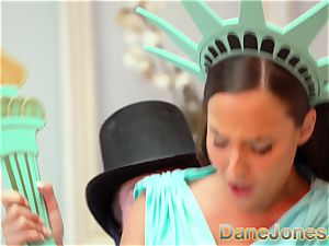 Dane Jones Amirah Adara Statue of Liberty cosplay