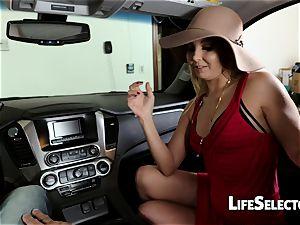 garrulous mummy Aaliyah love gives a fellatio in your car