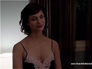 extraordinaire Morena Baccarin looking spectacular naked on film