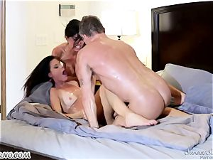 Veronica Avluv and India Summer - My dear hubby, you want to attempt my friend's cootchie
