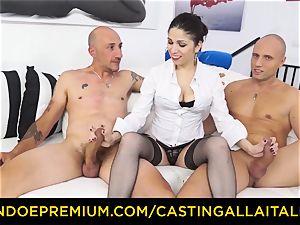 casting ALLA ITALIANA - hot cougar has double assfuck fun