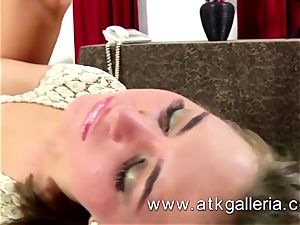 Riley Reid deepthroats and humps her counterpart stiff