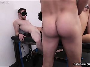 mighty milf Or lil' Spinner Who Gets gang-fucked better