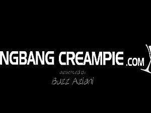 4 random girls boning strangers in gang-bang