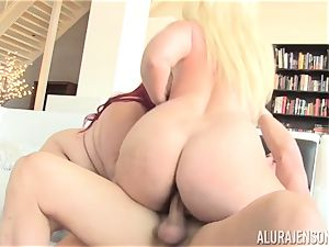 chubby Eliza Allure plumbed with the help of super-steamy light-haired cougar Alura Jenson