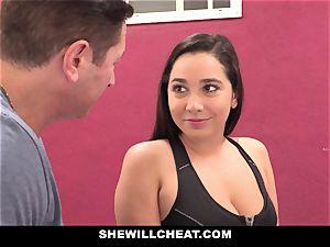 SheWillCheat hotwife gf Karlee Grey humps Trainer
