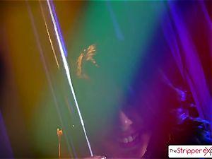 Gina Valentina enjoys to inhale meaty dick at the disrobe club