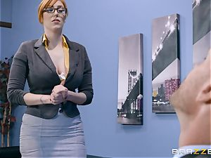 hard-on greedy Lauren Phillips poked in her ginger poon