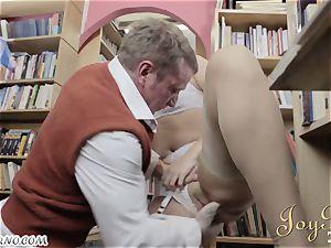 Bespectacled nerd penetrates splendid librarian during operation