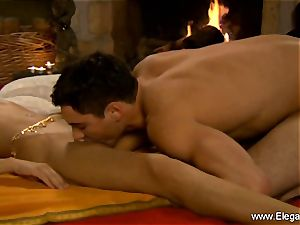 Learning To lick Indian slit