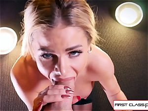 watch Jessa Rhodes taking a humungous pecker down her jaws